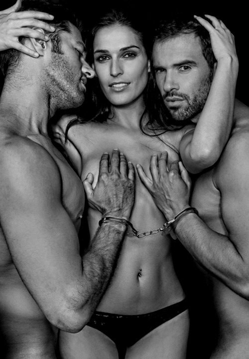 Taming, threesome