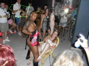 Stripper on hen